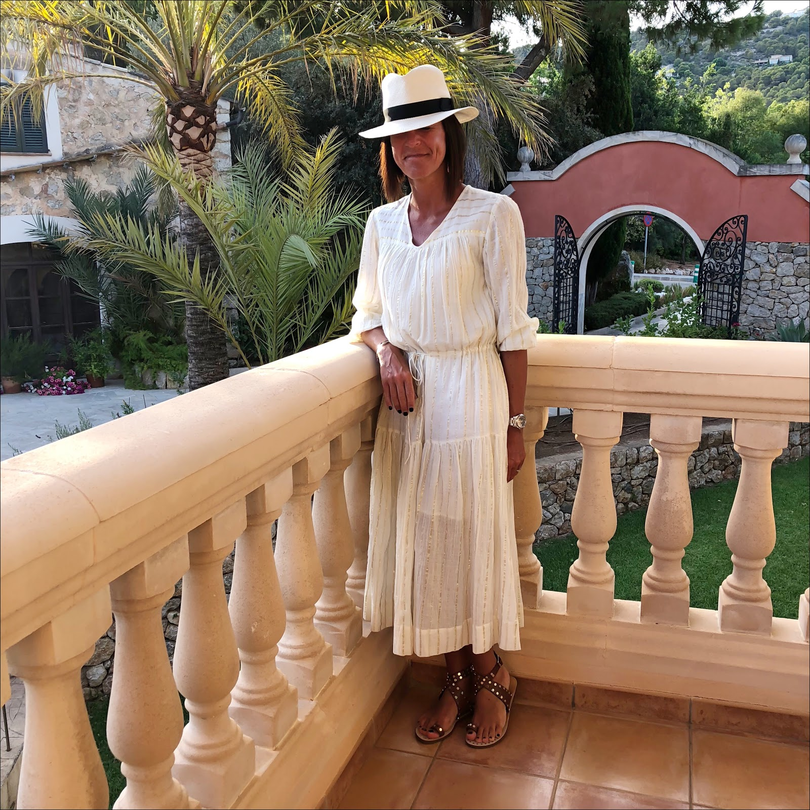 my midlife fashion, outfit post, what to wear on holiday, summer style, looks for summer