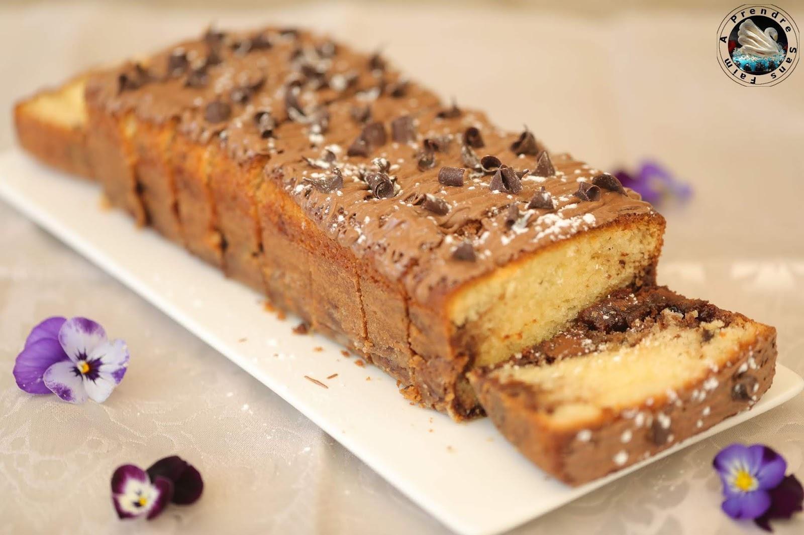 Cake marbré vanille chocolat aux pépites