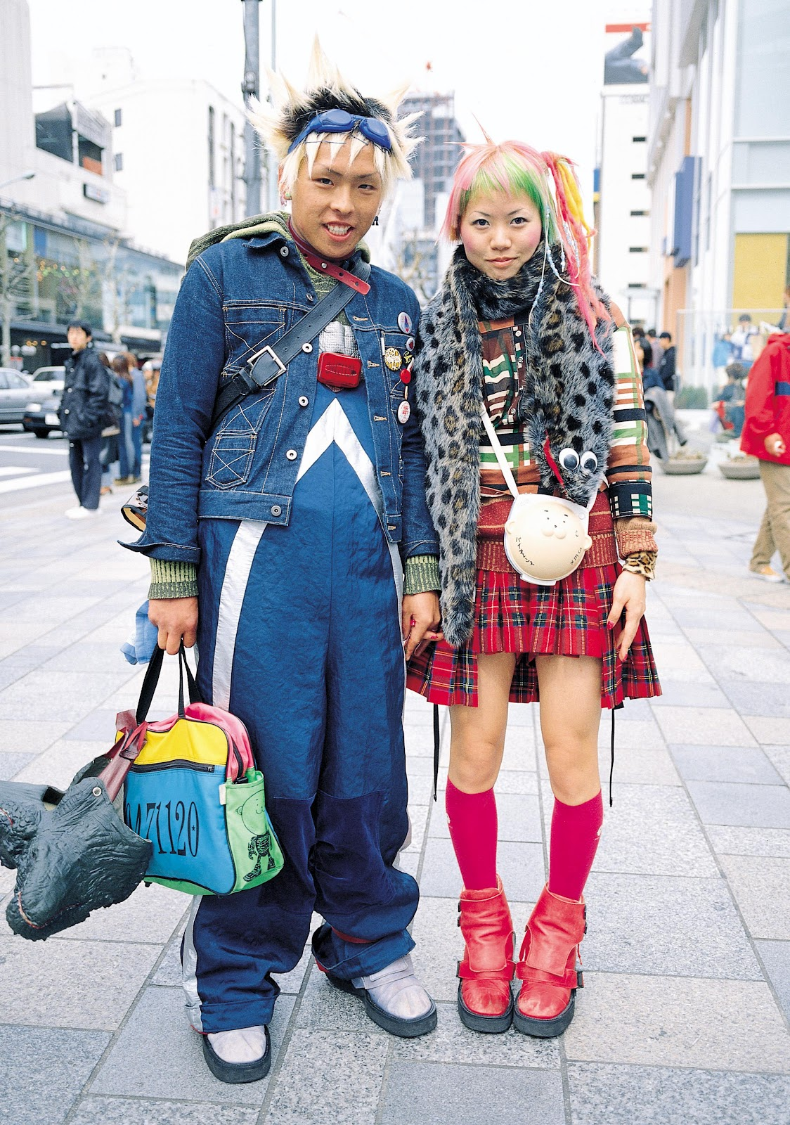 FRUiTS: Japanese Street Fashion at its Street-iest ...