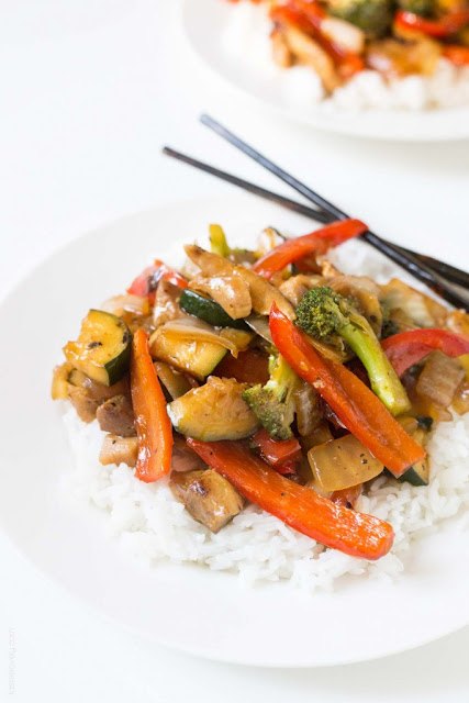 Broccoli and Bell Pepper Chicken Stir Fry ~ Tastes Lovely