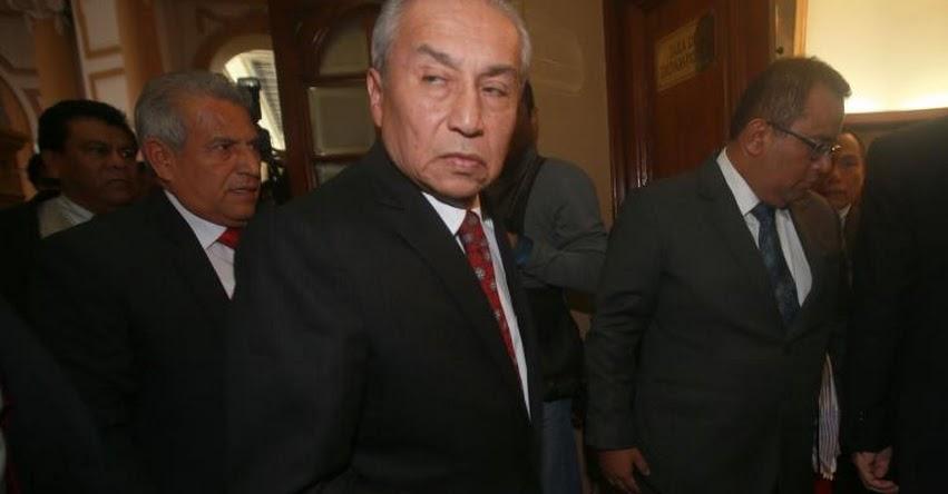 EN MANOS DE SUS «HERMANITOS»: Este martes se debate informe que recomienda destituir a fiscal que miente, Pedro Chávarry