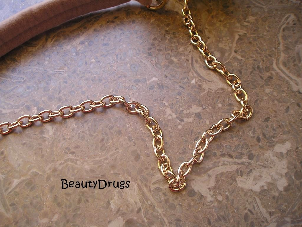 Beauty Drugs Replica Ysl Beige Velvet Long Chain Clutch