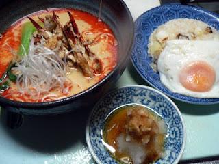 カニ担担麺 目玉焼きセット