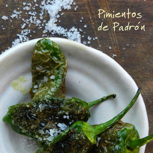Smażone hiszpańskie papryczki czyli Pimientos de Padrón