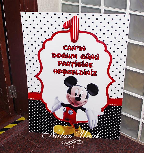 mickey mouse temali dogumgunu partisine hosgeldiniz poster