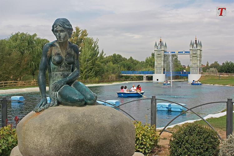 Parque europa en torrej n de ardoz for Chalets en torrejon de ardoz
