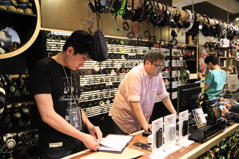 【N分享】加煒電子耳機專賣店 以質感搭配夢想的新型態音樂空間