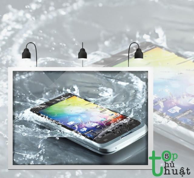 Cách xử lý điện thoại khi bị vào nước