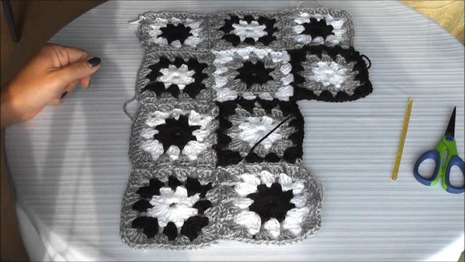 n hen und handarbeiten mit iloncialu h kelkissen patchwork quadrate zusammenh keln teil 2 3. Black Bedroom Furniture Sets. Home Design Ideas