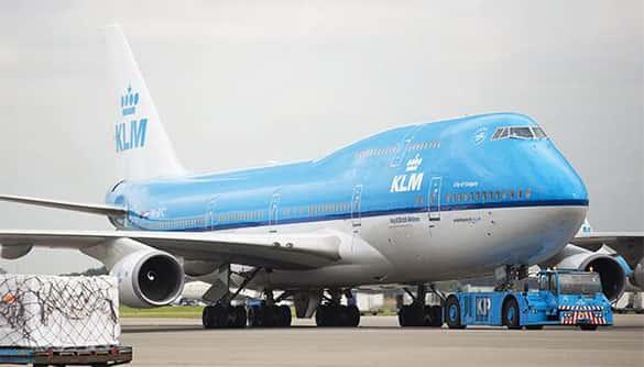 Pesawat terbang terbesar terlaris di dunia Boeing 747-400
