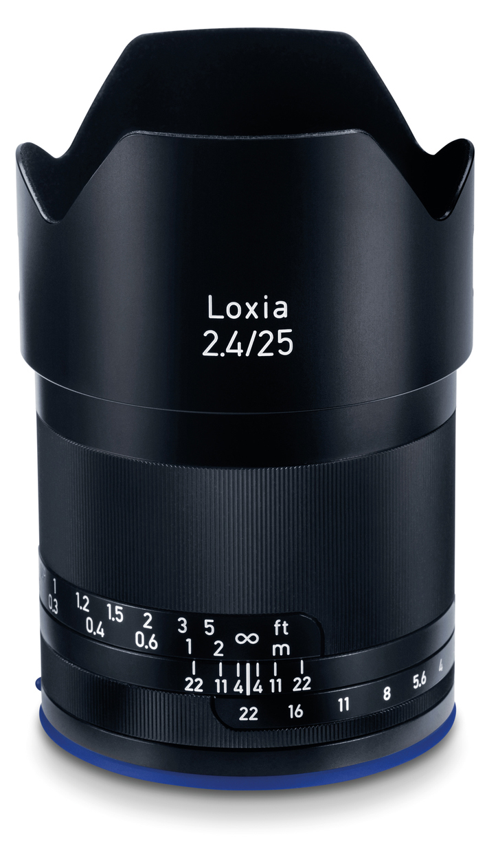 Объектив Zeiss Loxia 25mm f/2.4