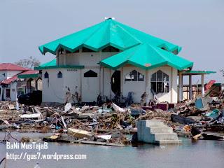 Mesjid Aceh Yang Yang Tidak Hancur Karena Tsunami