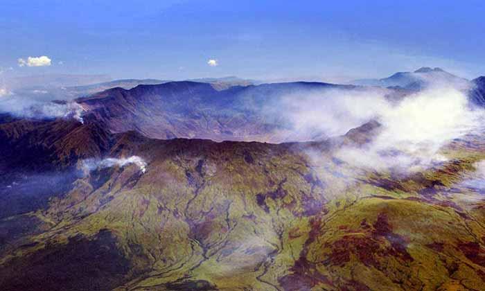 letusan,gunung,berapi,paling,terbesar,terdahsyat,di dunia