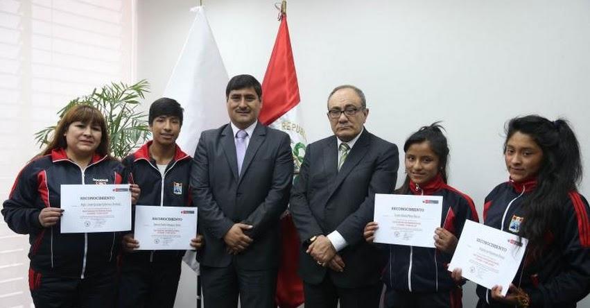 Escolares del centro poblado Machaybamba de Apurímac destacan en concurso internacional en Chile