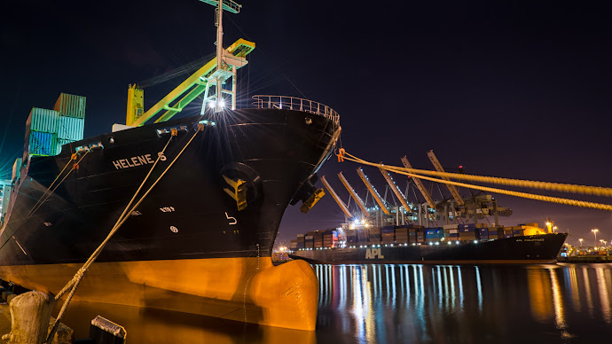 Wallpaper: Helen S Cargo Ship