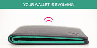 Smart Wallet informs you, if you forget it anywhere or if the cards in it are missing