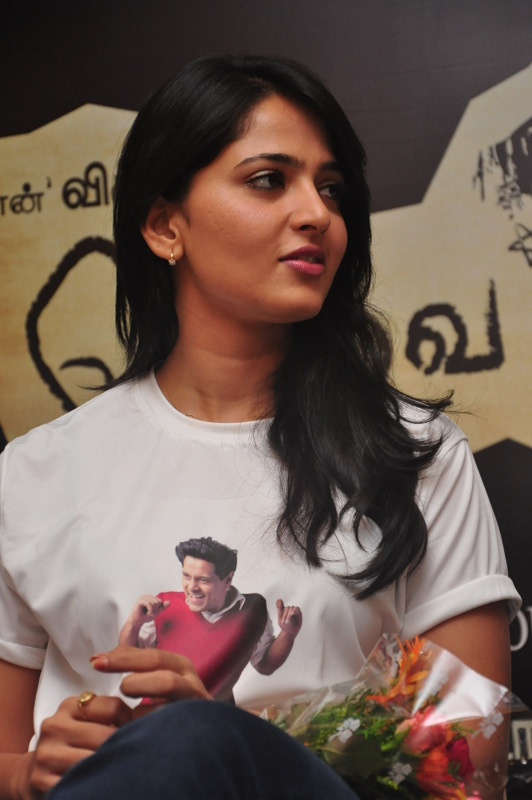 Anushka Shetty Beautiful Long Hair Face Close Up Stills In White T Shirt