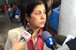 http://vnoticia.com.br/noticia/1487-justica-condena-rosinha-garotinho-a-perda-de-direitos-politicos-por-5-anos