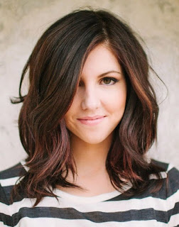 Best Wavy Medium Bob Hairstyle for Women