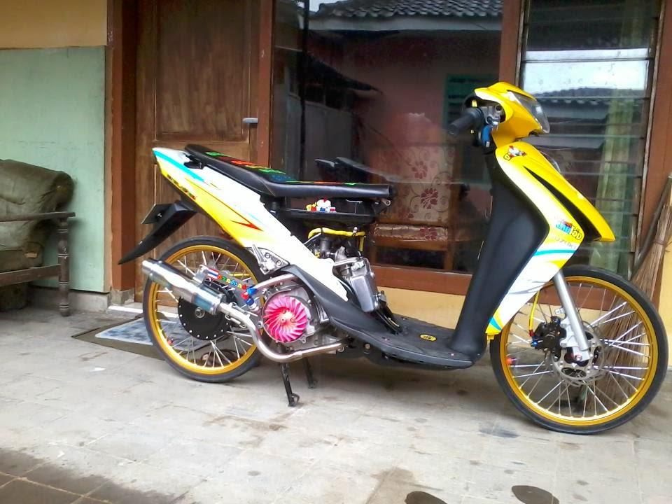 100Modifikasi Motor Suzuki Spin 125 Keren