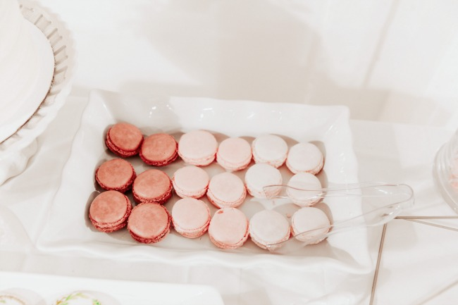 pink ombre macaroons