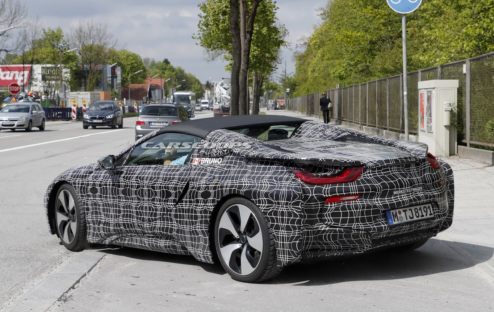 2018 Bmw I8 Spyder Scooped Up Close Carscoops
