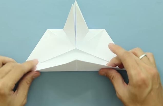 Cách gấp máy bay giấy Jas 39 theo phong cách Origami