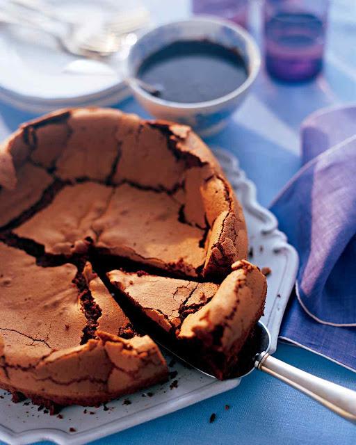עוגת שוקולד עם ציפוי אספרסו