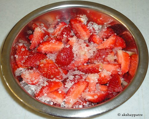 sugar mixed to make jam