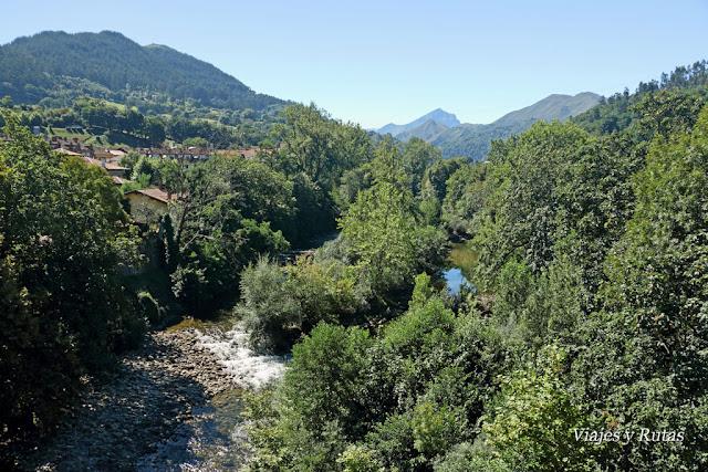 Vistas desde el Puente romano de Cangas de Onís,  Asturias