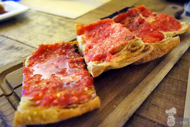 pan con tomate restaurante caballa canalla