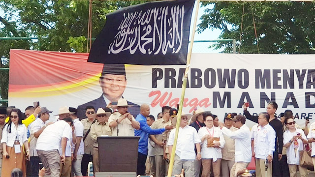 Pembawa Bendera Kalimat Tauhid di Kampanye Prabowo Terancam Pidana