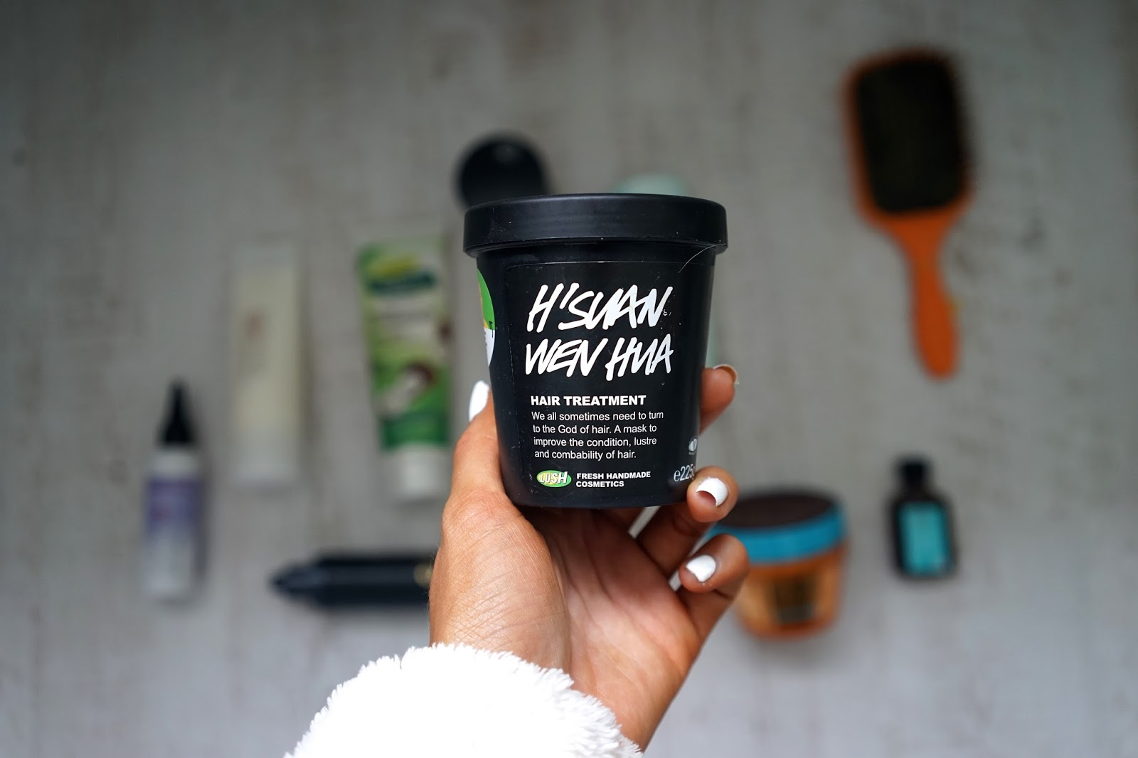 H'Suan Wen Hua hair treatment lush