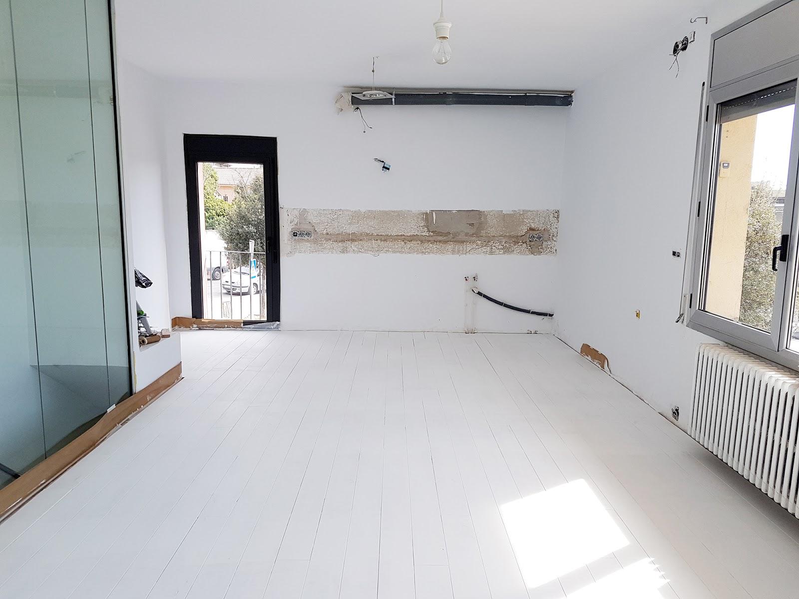 Nuestro suelo nuevo como pintar un suelo de parquet natural alquimia deco - Suelo parquet blanco ...