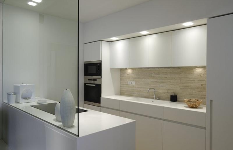 parete in vetro in cucina