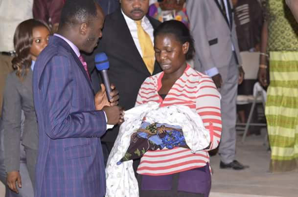 While El-Rufai is paying Fulani herdsmen, Apostle Suleman donates N1m to orphaned baby
