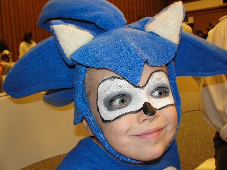 sc 1 st  Little Lovables & Little Lovables: DIY Sonic the Hedgehog and Knuckles Halloween Costume
