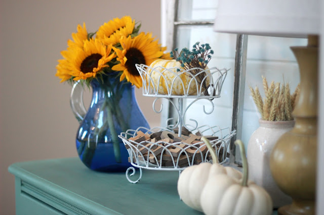using sunflowers in fall decor