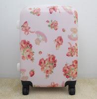 http://emiiichan.blogspot.com/2017/02/liz-lisa-my-melody-2017-suitcase.html#suitcase