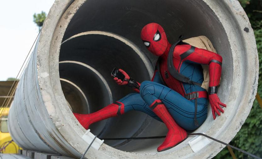 Homem-Aranha: De Volta ao Lar | O Cabeça de Teia conhece seus inimigos nos trailers inéditos da nova aventura