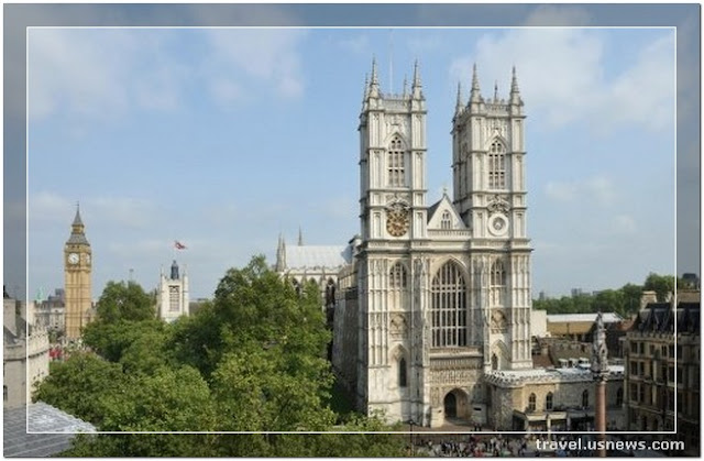 Westminster Abbey  - Top 7 Best Places to Travel in London, England at Least Once in Your Life Time