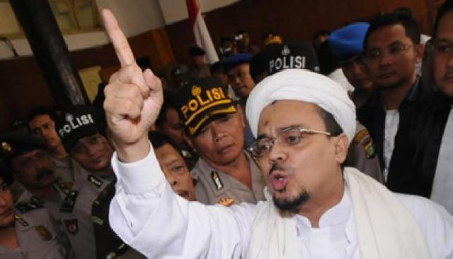 Pada Polisi, FPI Bilang Kalau Sampai Berani Tangkap Habib Rizieq, Tak Akan Tinggal Diam Pendukung Akan.....