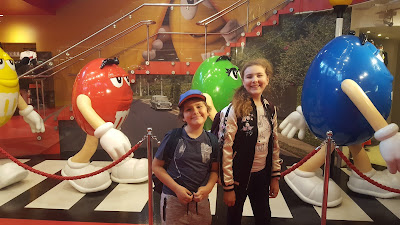 Top Ender and Dan Jon Jr in M&M World London