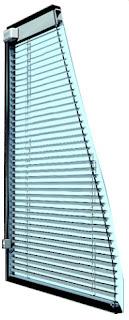 Жалюзи с механическим управлением в стеклопакете для деревянных окон