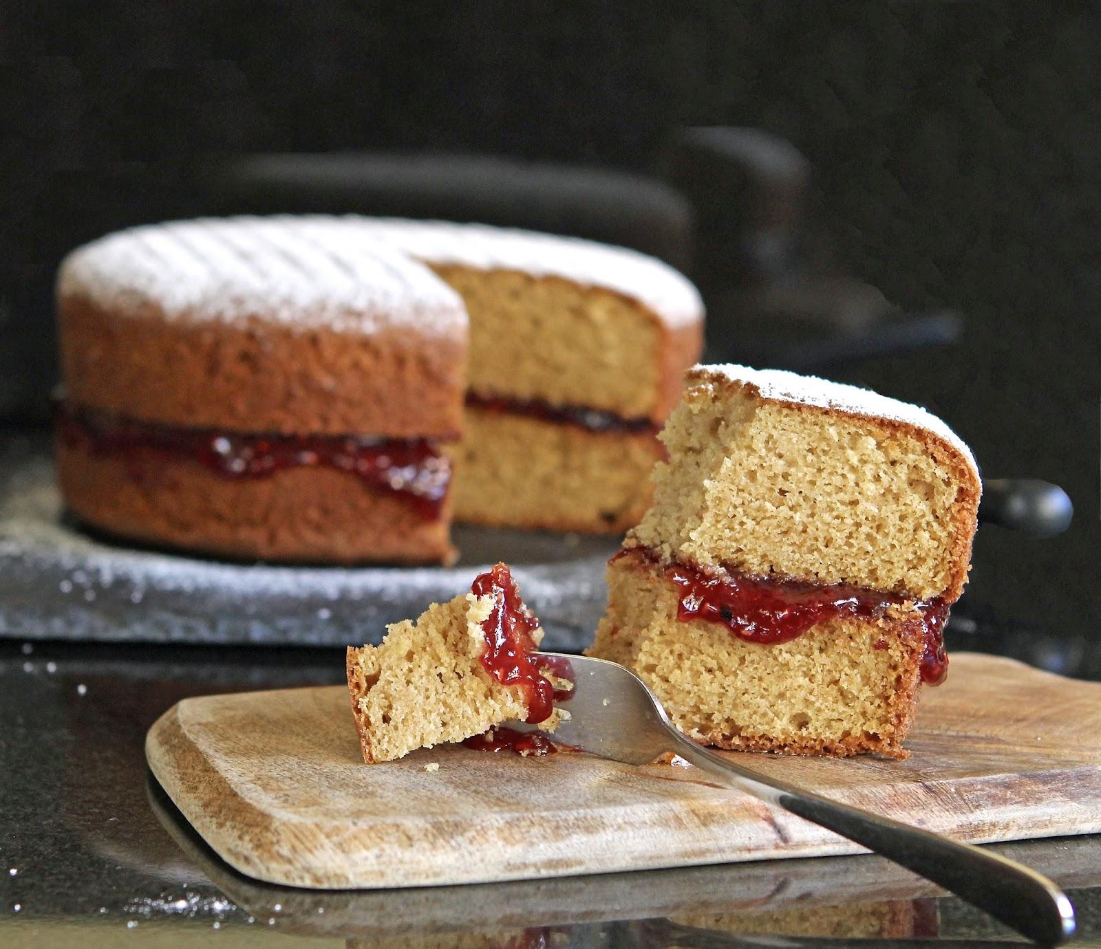 Perfect Victoria Sponge Cake Recipe