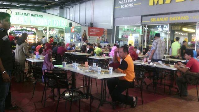 Food-court-at-Mydin-RTC-Gopeng-Ipoh