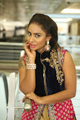 Srilekha reddy new glam photos-thumbnail-7