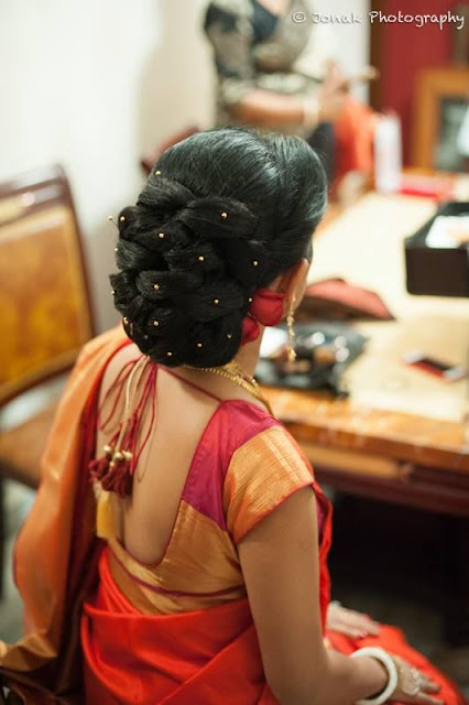 Hairstyles For Long Hair On Saree : 15 simple hairstyles for saree [with photos and styling tips