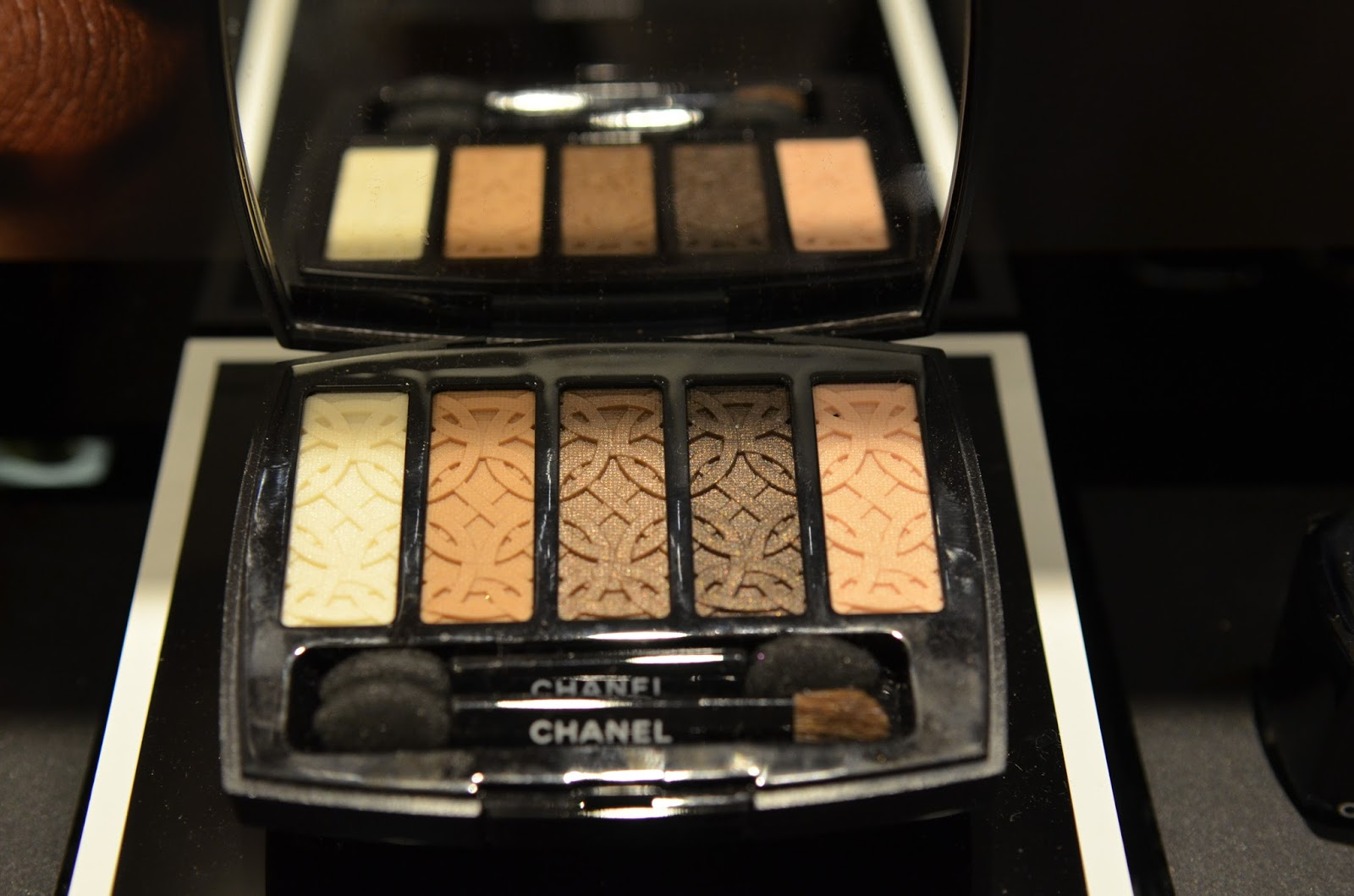 Chanel Fall 2015 Collection Swatches & Review: Les ...