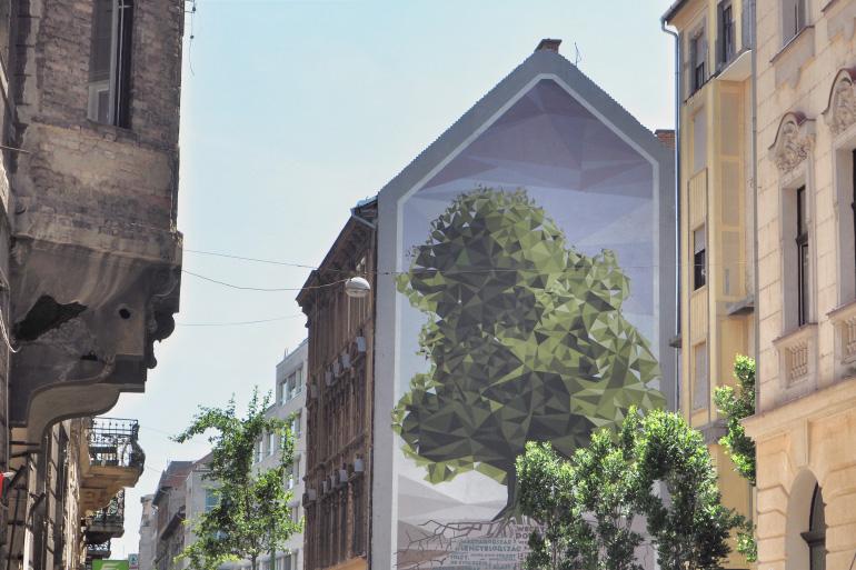 Street art sur un immeuble de Budapest